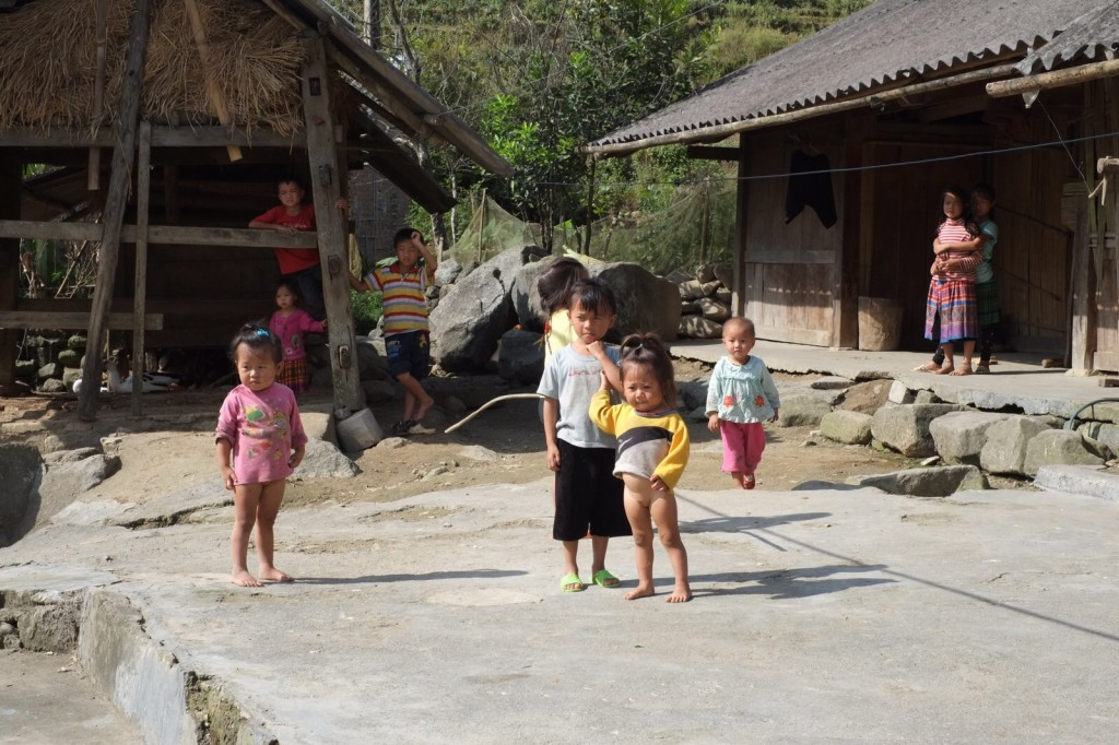 Vietnam Kinder ohne Windel